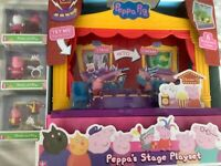 Peppa Pig's Stage Playset and 3 Dress and Play Figures
