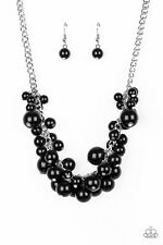 Glam Queen Paparazzi Necklace