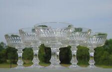 Baccarat - Service de 6 coupes à champagne en cristal taillé Forme cylindrique