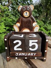Fair Trade Hand Carved Made Wooden Teddy Bear Perpetual Desk Office Calendar