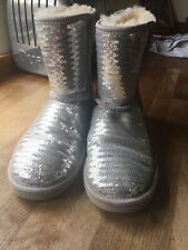 UGG AUSTRALIA SPARKLES SEQUIN BOOTS FOR WOMEN SIZE UK 4 Silver GREAT CONDITION