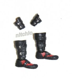 1/12 Scale Accessory KO – Deadpool PAIR OF BOOTS & WRIST GAUNTLETS