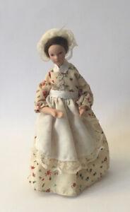 Dolls House Lady - 14.5 cm