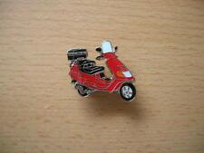 Pin Anstecker Piaggio Vespa Hexagon rot red Roller Scooter Art. 0669