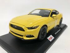 Ford Mustang Gt 2015. Maisto . 1/18 Scale. Boxed .
