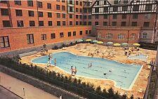 ROANOKE VA HOTEL ROANOKE & MOTOR INN SWIMMING POOL POSTCARD c1960s