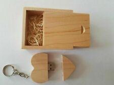 """USB-Stick """"Herz"""" mit Box in Holzdesign Magnet Verschluss 16GB"""