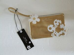 Marc Jacobs Daisy Gold White Floral Wristlet Clutch Women's NWT