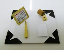 Bambole Casa Miniatura 1:12 Scala Studio Ufficio Accessori Calendario Scrivania