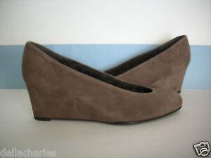STUART WEITZMAN Shoes FURCHIC 10 Wedges BROWN Suede Heels Closed Toes FX FUR NEW