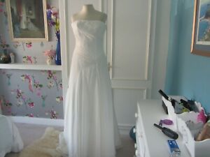 Trudy Lee ivory chiffon beaded wedding dress size 12 (large seam)