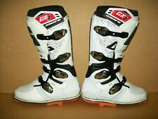 GAERNE Supermotard GX1 Boots size 8 (new/used-only worn in house to break in)