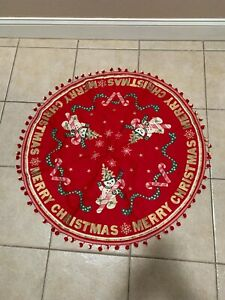 """VINTAGE CLOTH/POMPOMS MERRY CHRISTMAS ROUND TREE SKIRT TABLECLOTH APPROX. 34"""""""