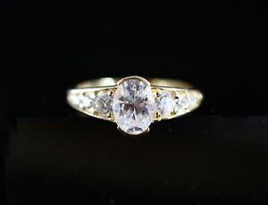 585 Gelbgold Ring eleganter Zirkon Brillanten Original Designe