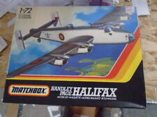 1/72 Matchbox PK604: Handley Page Halifax with Decals