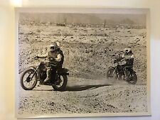 1970'S VINTAGE BLACK AND WHITE MOTORCYCLE MOTOCROSS MX RACING CANDID 8X10 PHOTO
