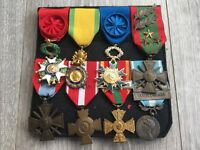 Beau placard de médailles militaires guerre 39 45 orient french medal