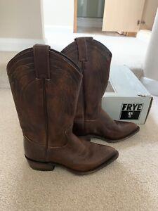 Womens frye Cowboy boots 6