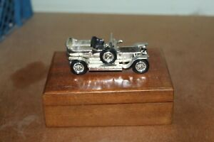 LESNEY MATCHBOX MOY No.16 ROLLS ROYCE SILVER GHOST ON WOODEN BOX - missing seat