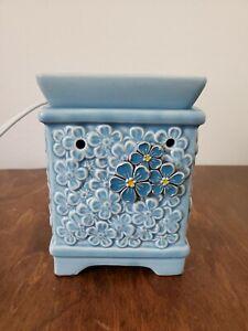 Scentsy Fragrance Wax Melts Burner Blue Floral Home Decor