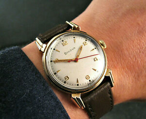Stunning 1956 BULOVA CRAB CLAW Vintage Water-Tite MIDSIZE 31mm Watch