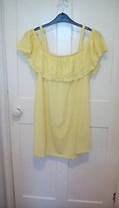 BNWT - Yours - yellow frill Broderie Anglaise cold shoulder top, size 20