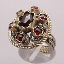 Außergewöhnlicher wunderbarer antiker Ring Silber Tracht mit Granate