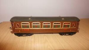AJ137: Hornby O Gauge No 2 LNER 137 Coach - RE-painted to a good standard
