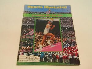 VINTAGE SPORTS ILLUSTRATED OCTOBER 21 1968 OLYMPICS ON THE WAY COVER STORY !!!!