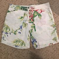 Tommy Hilfiger Women's Shorts Flat Zip Front Floral Print Shorts Size 2