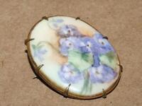 """VTG Antique Brass & Hand Painted Porcelain Violet Flower Oval Pin Brooch 1 3/8"""""""