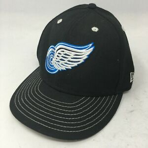 Detroit Red Wings Mens OS Blue Logo New Era Snapback Baseball Cap Hat Black