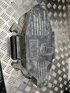 Vauxhall  Renault Trafic Jack Set Tool Box Kit 8200727771
