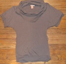 Bozzolo Short Sleeve Sweater Cowl Neck