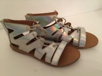 5M Piper Women's Silver Lace Up Sandals Flat