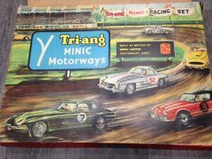 Minic Motorways M1522 Motor Racing Set