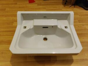 Royal Doulton Sink with cast iron wall brackets
