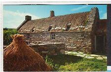 SHETLAND CROFT, DUNROSSNESS: Shetland Isles postcard (C12338)