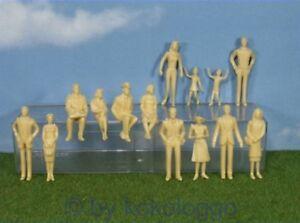 F39 Gauge 1 - Figurines 14 Piece Standing + Sitting 1:3 2 Unpainted