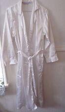 Women's Vintage white floral multi-color long wrap robe size small