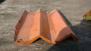 Roof Tiles, Red Clay with Ridges. 28 Sqr mtr approx. 600 tiles. Reclaimed.