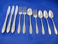 Oneida Deluxe DEBONAIR Stainless Flatware Forks Spoons &Knife Teaspoon Set Of 10
