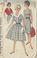"1960s Vintage Sewing Pattern B33"" DRESS & JACKET (R643)"