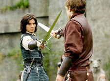 Ben Barnes UNSIGNED photo - E1314 - The Chronicles of Narnia