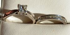 18ct White Gold Diamond Engagement ring & diamond Wedding ring set
