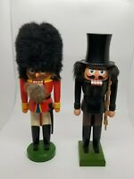 "Vintage German Nutcracker Set Of 2 Hergestellt In DDR 11.5"" Soilder + Builder"