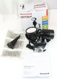 Honeywell Model SP0103B10810 LED Plug-In Spot Light / New In Box / Landscape