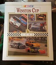 NASCAR Winston Cup 1995 Yearbook - HB/DJ - UMI Publications