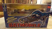 2002 Johnny Lightning The 1960's DC Comic Book Batmobile Die-Cast Model Kit