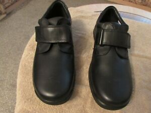 NEW MENS CASUAL LEATHER SHOES BY HOTTER, SIZE UK8 EU 43